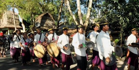 Kebudayaan-Khas-Suku-Sasak-Lombok
